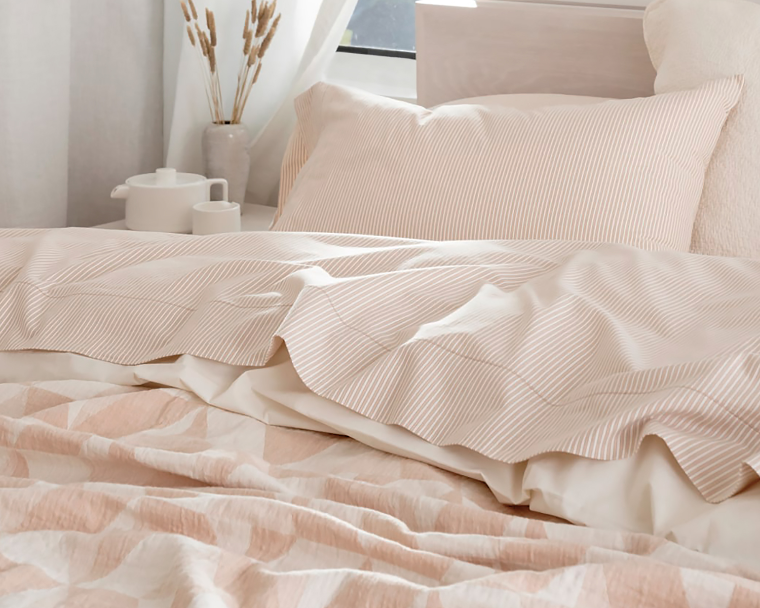 Organic Soft Washed Sheets and Pismo Blanket by Coyuchi